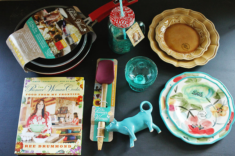 as if i needed anything else to obsess over ree the pioneer woman has launched an eclectic line of cookware products and they are fantabulous - Pioneer Woman Kitchen