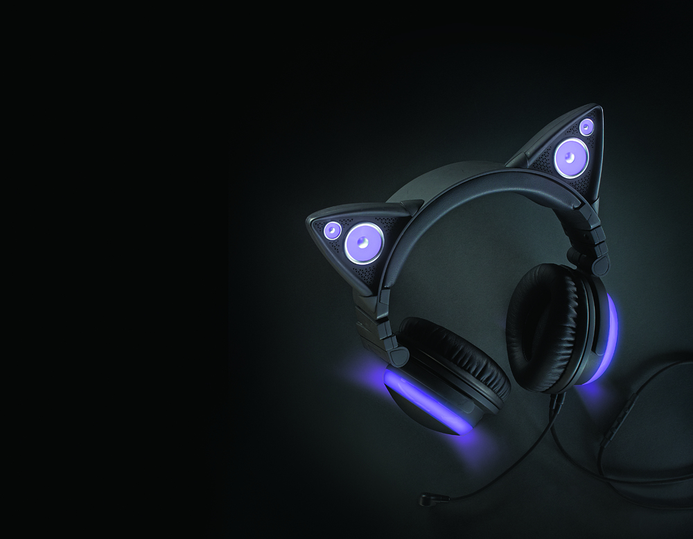 purplecatearheadphones