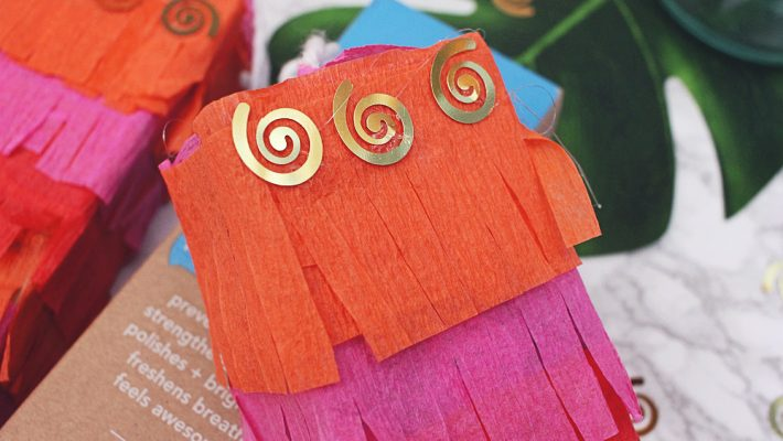 DIY Toothpaste Box Mini Pinatas